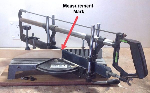 Hand mitre saw measurement mark